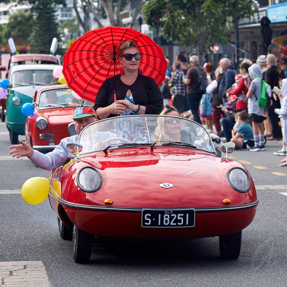 Cooly Rocks On Street Parade 20 - Adam Yzelman Photography