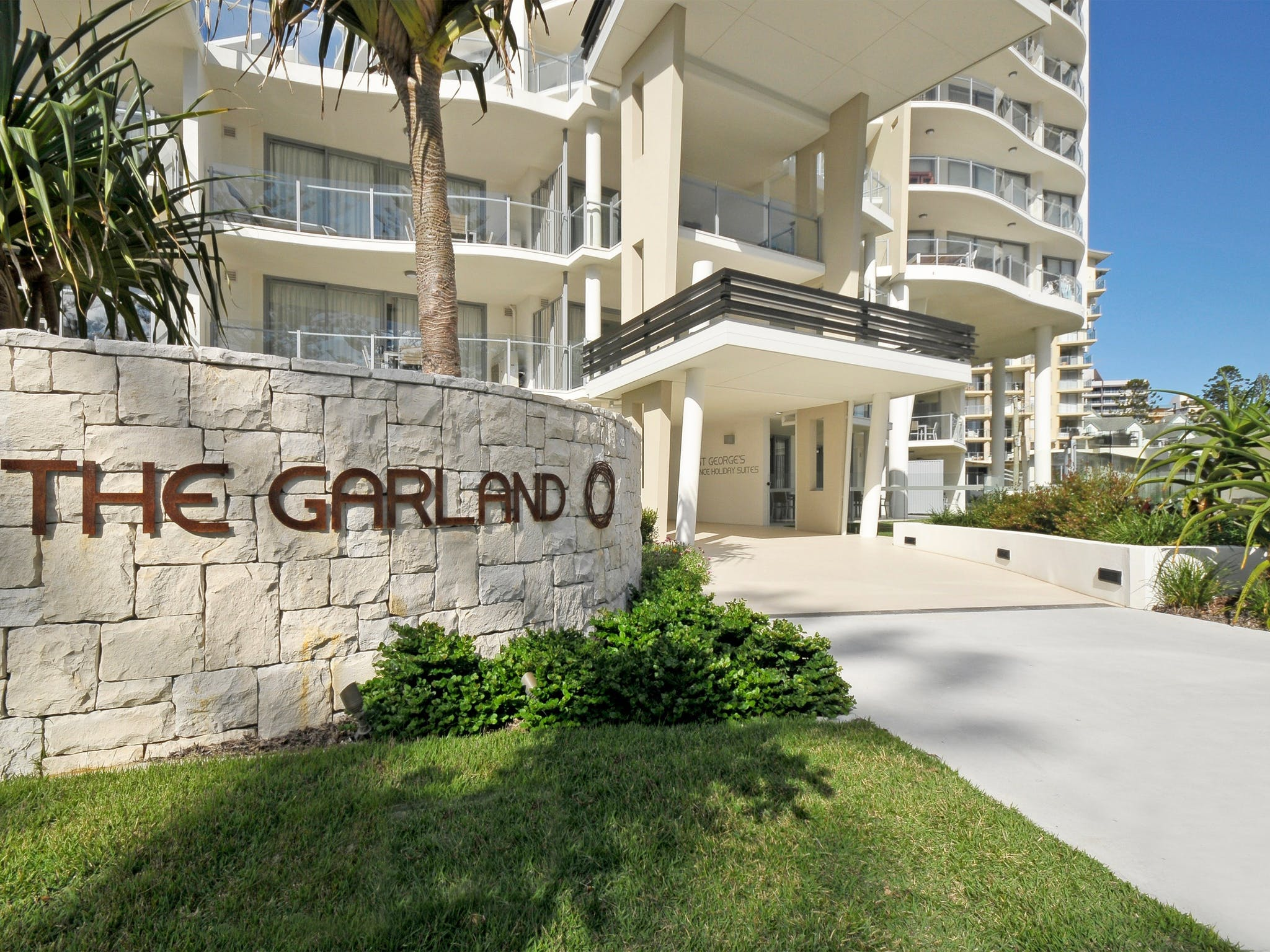 St George's Defence Holiday Suites incorporating The Garland Luxury Apartments