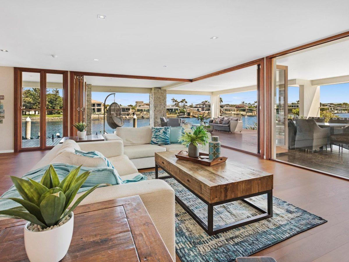 Elite Holiday Homes – Riverfront Dream