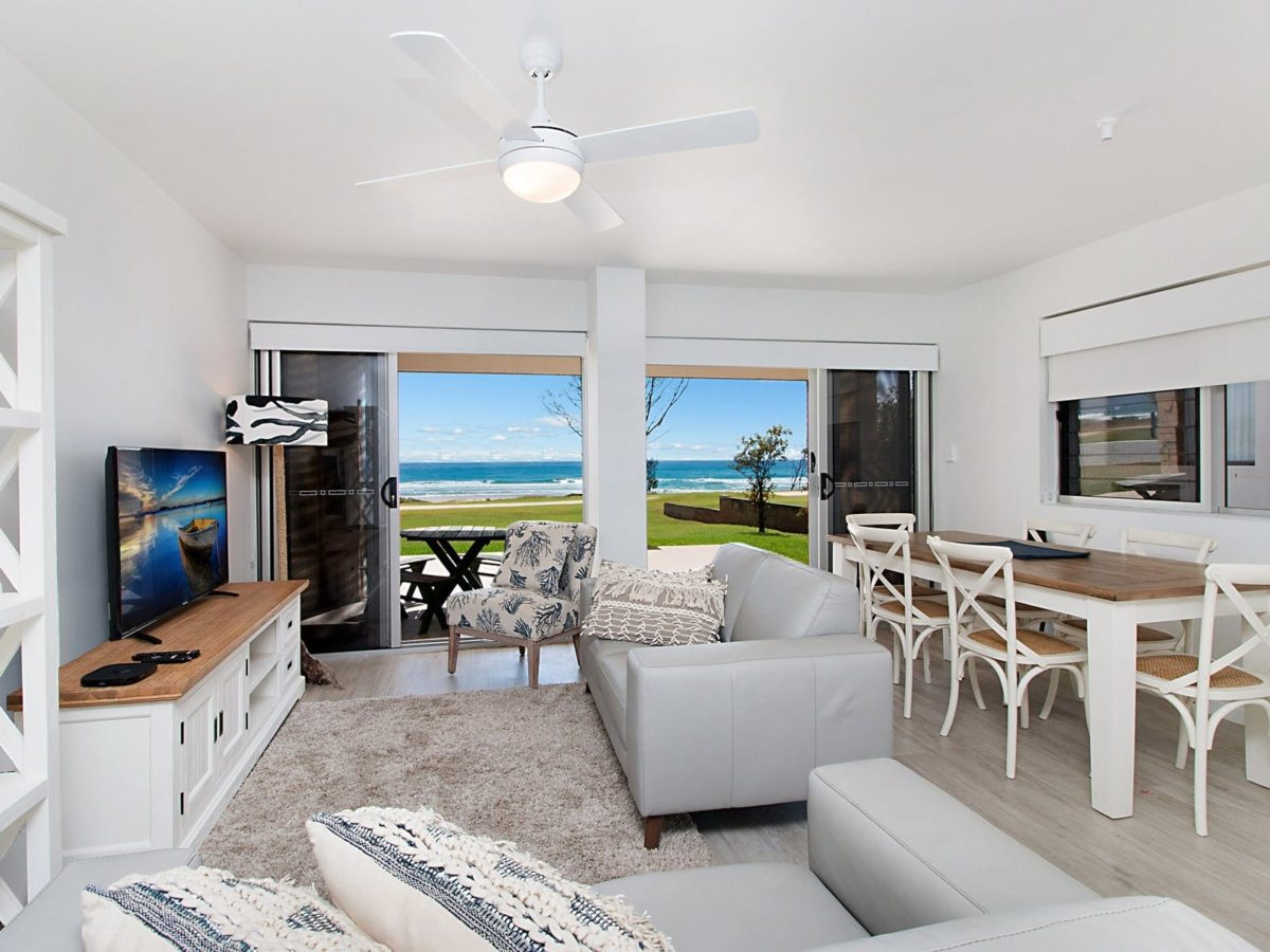 Seashells – Absolute Beachfront Tugun | Gold Coast Holiday Homes